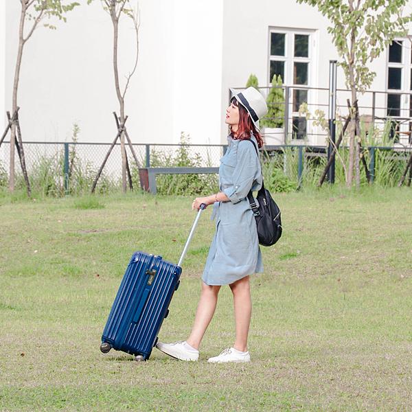 小胖箱推薦|23.5吋專為國內旅遊而生的行李箱藍 (2)