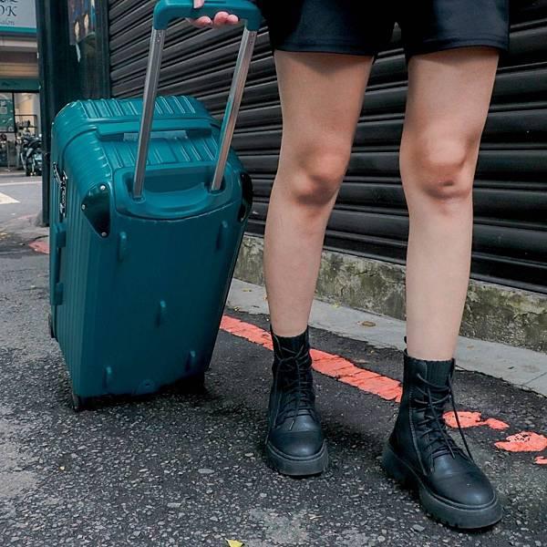 小胖箱推薦|23.5吋專為國內旅遊而生的行李箱孔雀綠 (1)