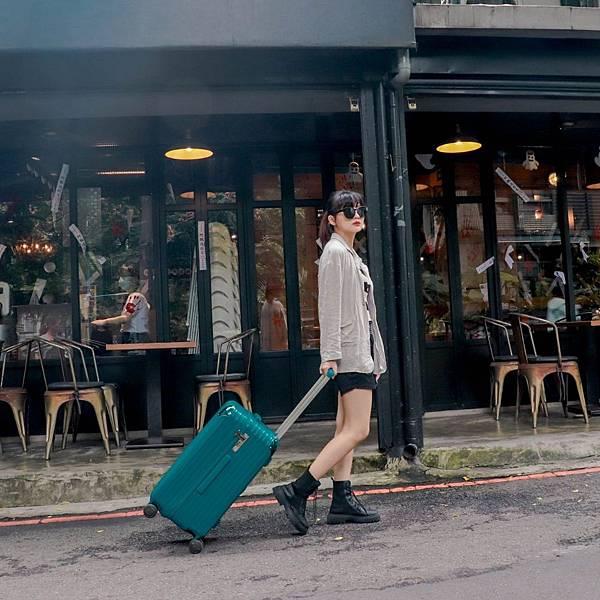 小胖箱推薦|23.5吋專為國內旅遊而生的行李箱孔雀綠 (2)