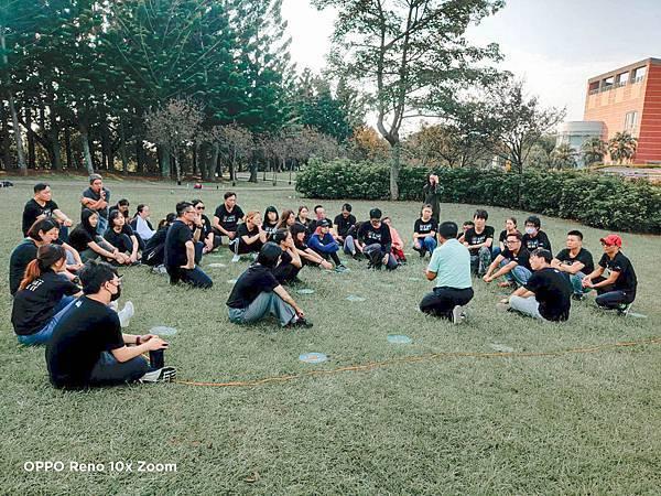 奧莉薇閣行李箱 共識營 台灣外展教育基金會1 (2)