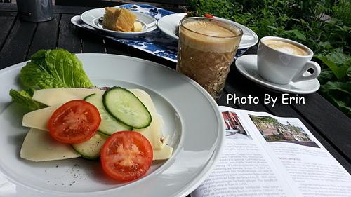 米勒公園的午餐.jpg