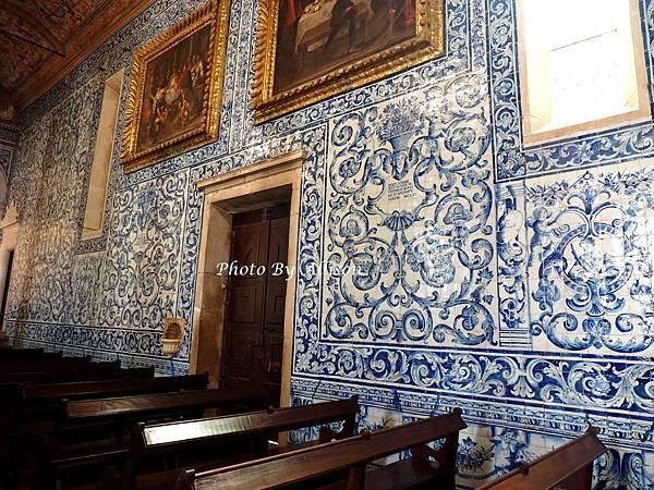 奧畢朵教堂裡美麗的瓷磚畫.JPG
