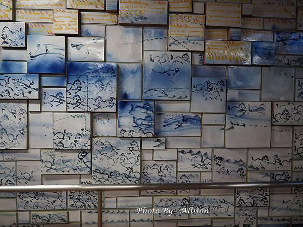 盛岡市地下道彩繪石磚