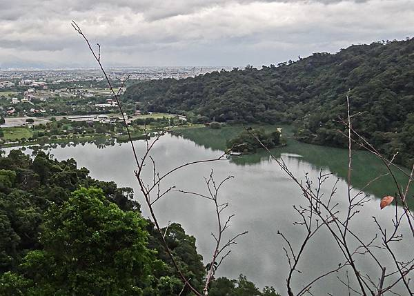 梅花湖6.jpg