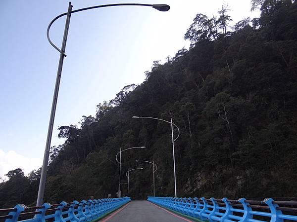 大雪山的橋