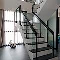 C-樓梯-01_resize.jpg