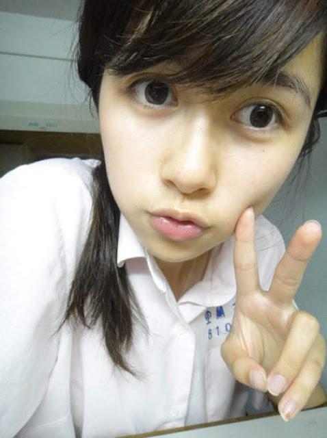 美女校花慕蓉