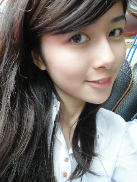最美素顏美女慕蓉