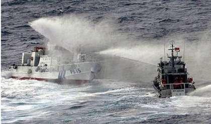 釣魚台水炮互轟 - 台日艦艇「大混戰」水炮互轟