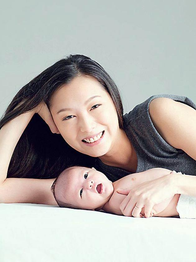 龍媽月曆 - 12龍媽拍慈善月曆