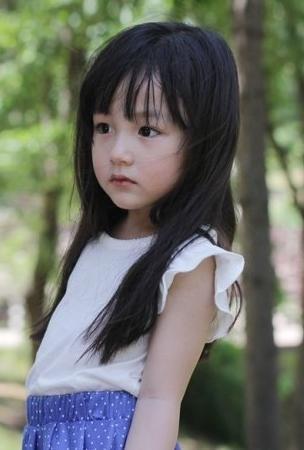 韓國超萌童星 : 充滿氣質的全夏嵐