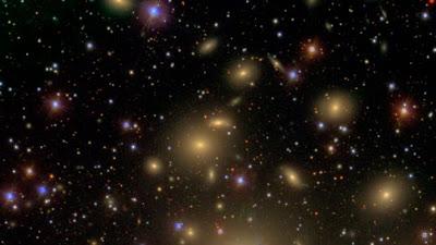 宇宙巨獸黑洞