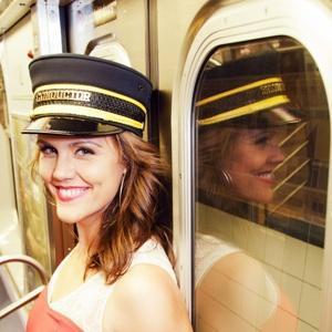 地鐵美女月老