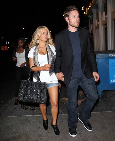 Jessica Simpson & Eric Johnson.jpg