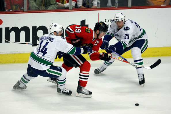 Vancouver+Canucks+v+Chicago+Blackhawks+Game+nxgROfJPD3dl.jpg