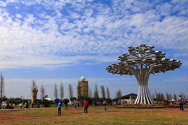 太陽能生命樹.jpg