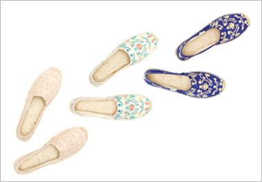 soludos-embroidered-espadrilles_lg