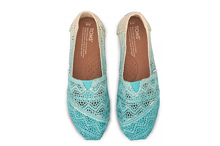 Baltic Dip-Dyed Women's Crochet Classics   TOMS.com.png