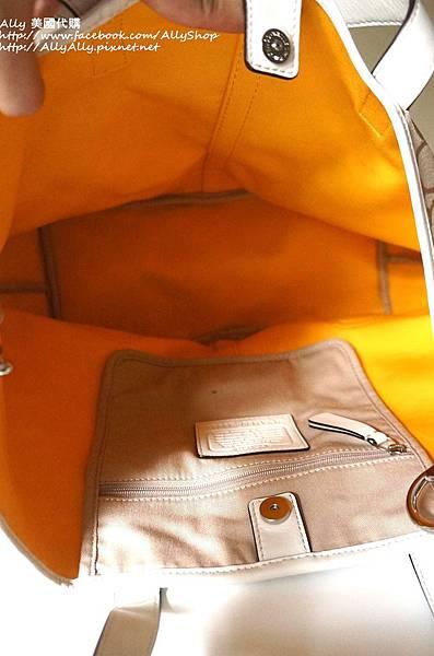 COACH 28981 織布材質拼接皮革 手提包 肩背包.JPG