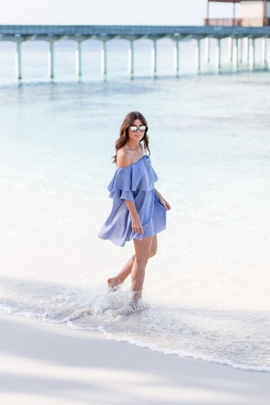 outfit-mlm-label-maison-dress-blue-off-shoulder-3-640x960.jpg