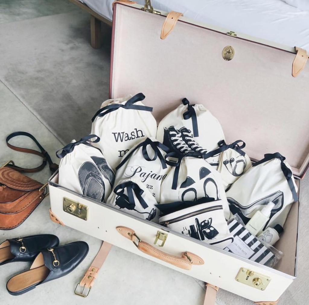 wash_me_please_sneaker_flip_fop_pajamaz_ballet_shoe_black_pump_charger_bag_vanity_case_mood_bag-all_2048x