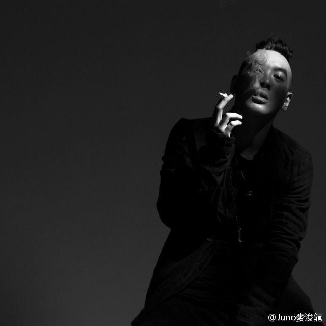 【書寫音樂】香港唱作世代的番外篇:麥浚龍(Juno Mak)