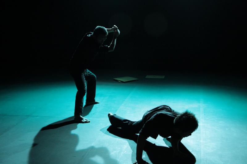 【走進劇場】當連死亡都不屬於我們自己的時候:禾劇場《死亡紀事》(Chronology on Death)