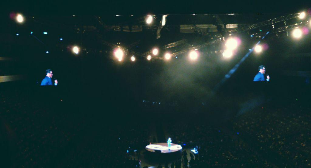 【青春記事本】既然青春留不住就算了,還好我們還有李宗盛:《2013李宗盛既然青春留不住世界巡迴演唱會》@台北小巨蛋_艾莫西