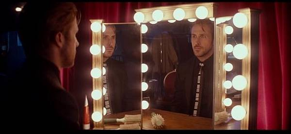 若是兩人的眼裡有不同的未來:《樂來越愛你》(La La Land)_艾莫西5