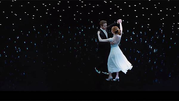 若是兩人的眼裡有不同的未來:《樂來越愛你》(La La Land)_艾莫西2