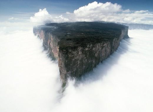 Mount_Roraima_Venezuela brazil and guyan.jpg