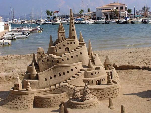 7030-sand-castle.jpg