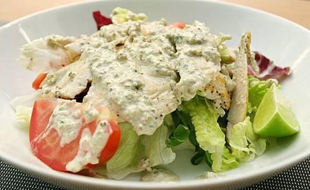 雞肉鯷魚醬沙拉