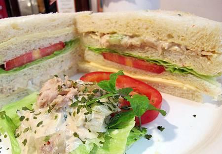薄荷鮪魚三明治