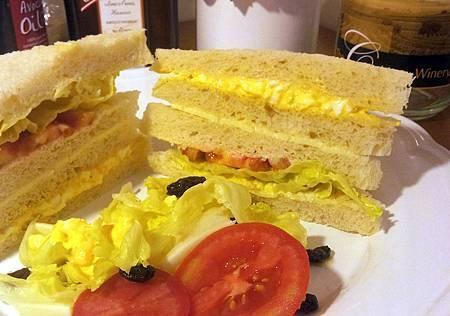 小黃瓜沙拉蛋三明治