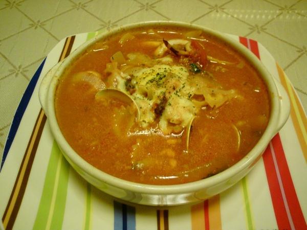 焗番茄海鮮湯(含麵包)