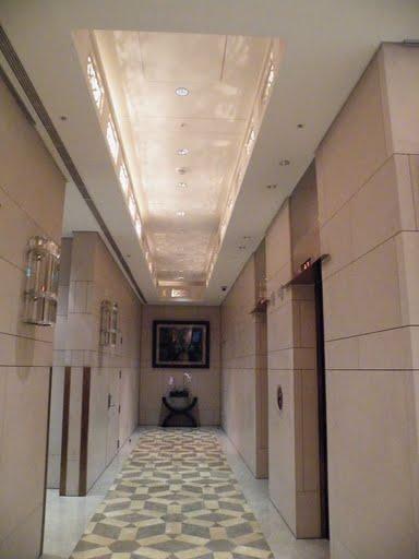 12電梯區.jpg
