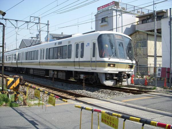 1481_奈良線列車.jpg
