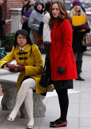 紅色大衣格子鞋1.jpg