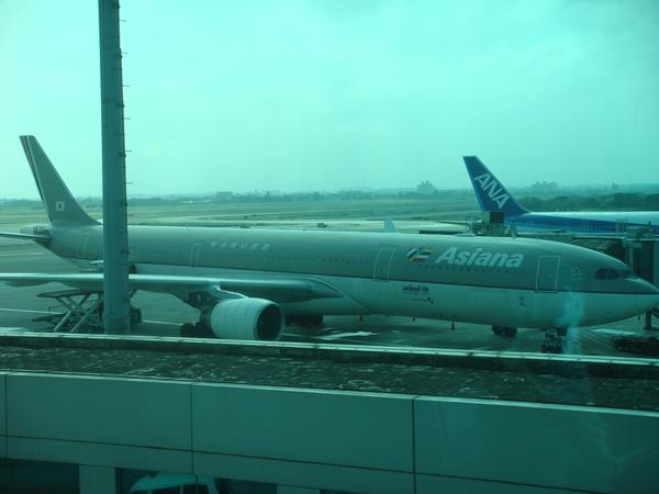 韓亞航空近照