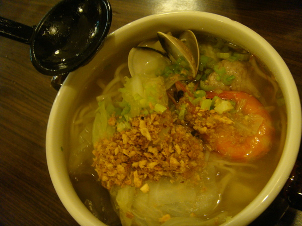 甕仔海鮮麵