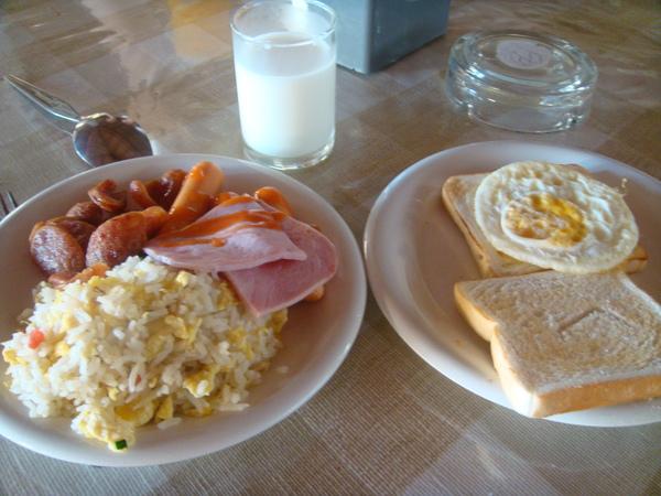 飯店的自助早餐