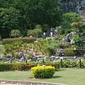 七珍佛山下的花園