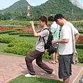 花園就是給觀光客殺底片的地方