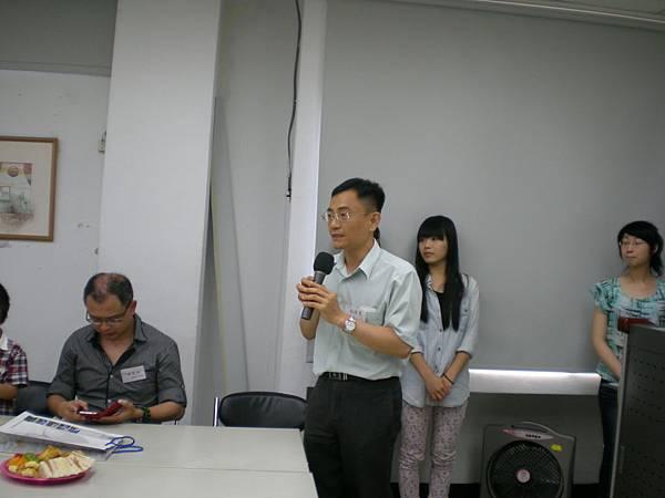 澤男學長介紹魏淑慧學姊家屬