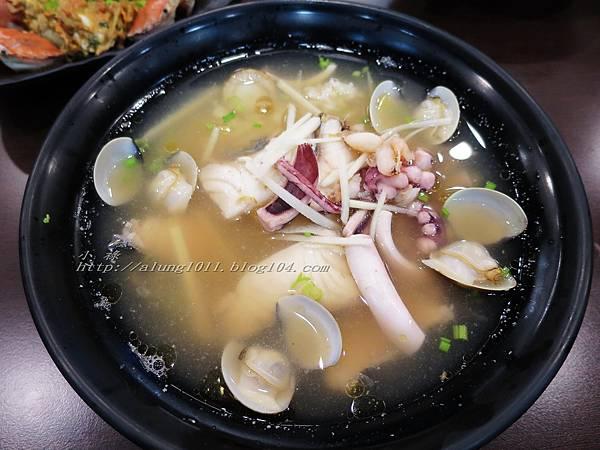 鮮記海鮮粥 (7).jpg