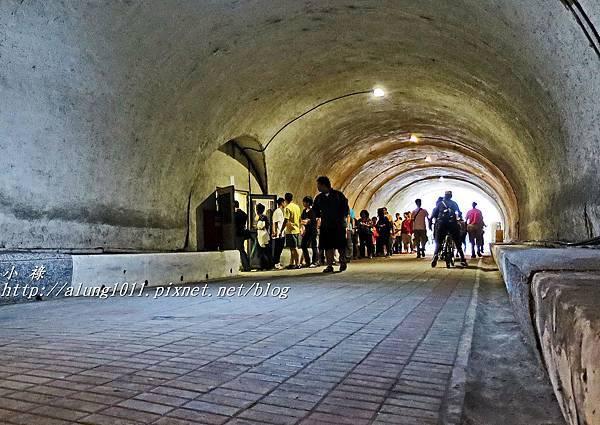 古隧道 (2).JPG