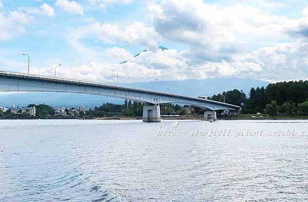 河口湖遊船 (32).JPG