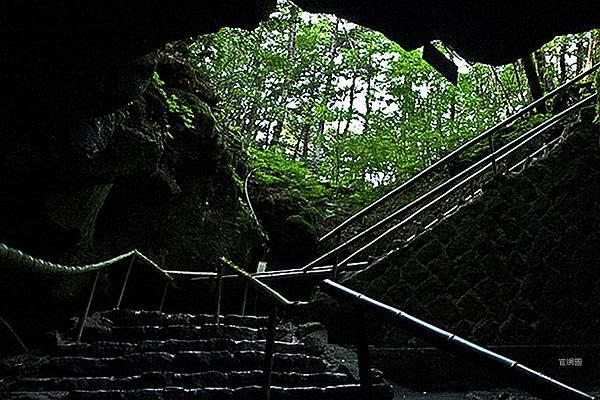 富岳風穴 (56).jpg