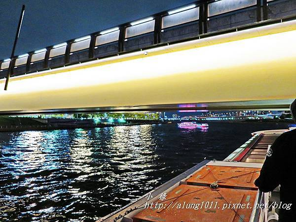 夜櫻船遊隅田川 (37).JPG